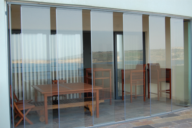 Frameless glass doors patio doors room dividers for Frameless glass doors