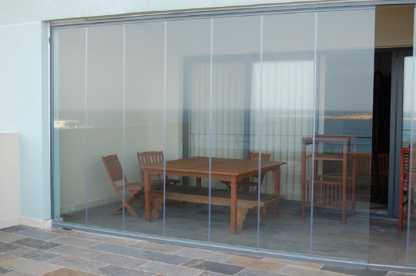 Frameless Glass Doors 600 x 399